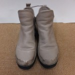 濡れた革靴はシミになりやすい(>_<)